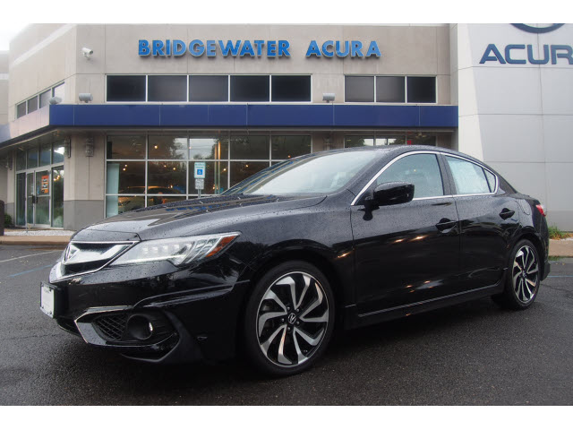 certified pre owned 2017 acura ilx with technology plus and a spec package 4dr sedan w premium. Black Bedroom Furniture Sets. Home Design Ideas