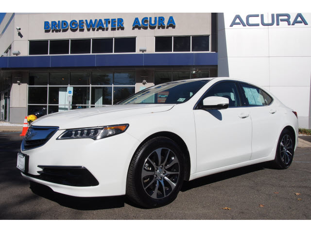 Pre-Owned 2017 Acura TLX w/Tech