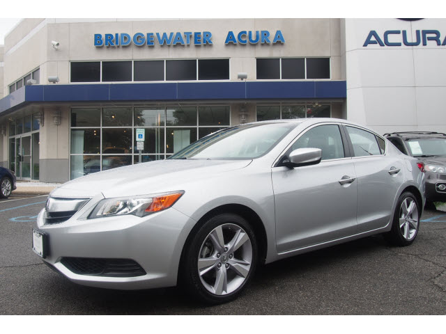 certified pre owned 2015 acura ilx 5 speed automatic 2 0l 4dr sedan in bridgewater p12223. Black Bedroom Furniture Sets. Home Design Ideas