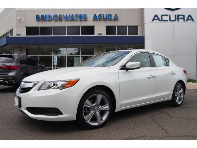 certified pre owned 2015 acura ilx 5 speed automatic 2 0l 4dr sedan in bridgewater p12082. Black Bedroom Furniture Sets. Home Design Ideas