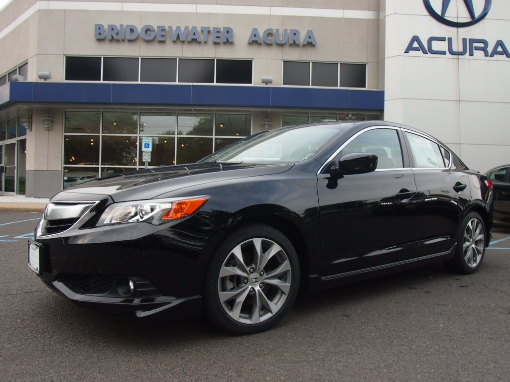 Pre Owned 2014 Acura Ilx 6 Speed Manual With Premium Package Sedan