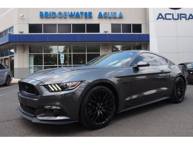 Pre Owned 2017 Ford Mustang Gt Perf Package