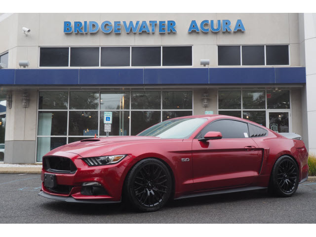 Pre-Owned 2016 Ford Mustang GT w/Nav