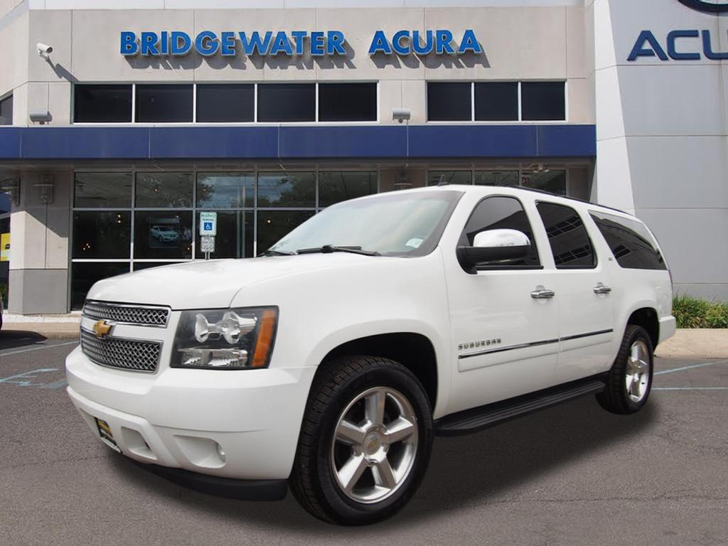 pre owned 2013 chevrolet suburban ltz 1500 w nav dvd 4x4 ltz 1500 suv in bridgewater p11477a. Black Bedroom Furniture Sets. Home Design Ideas