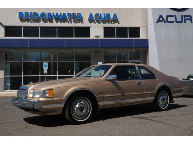 Pre-Owned 1985 Lincoln Mark VII Base