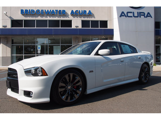 pre owned 2014 dodge charger srt8 w nav srt8 4dr sedan in bridgewater p12213s bill vince s. Black Bedroom Furniture Sets. Home Design Ideas