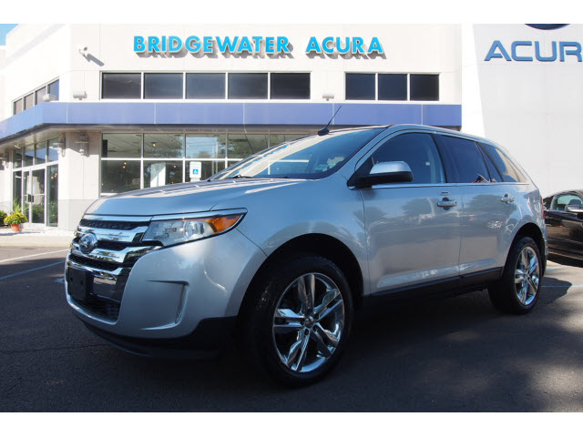 Pre-Owned 2013 Ford Edge Limited w/Nav
