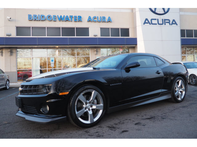 2010 Camaro Rs >> Pre Owned 2010 Chevrolet Camaro 2ss Rs Ss 2dr Coupe W 2ss In