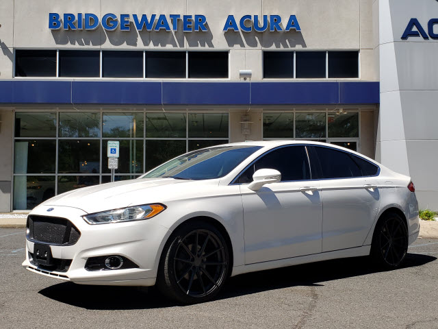 Pre-Owned 2016 Ford Fusion Titanium w/Nav