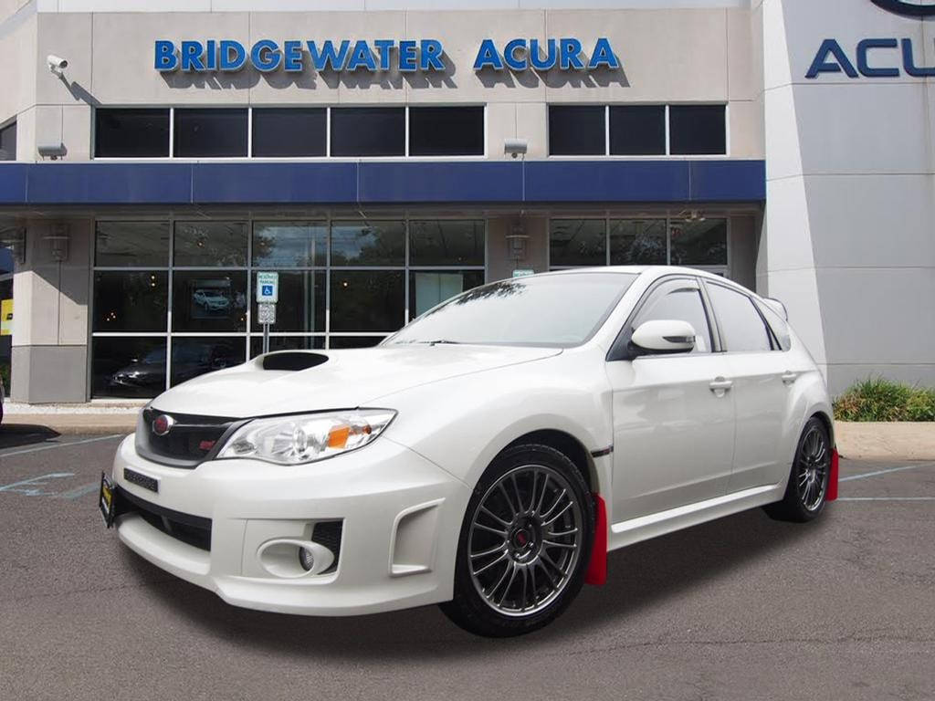 2013 Wrx Sti >> Pre Owned 2013 Subaru Impreza Wrx Sti 5dr Sedan In