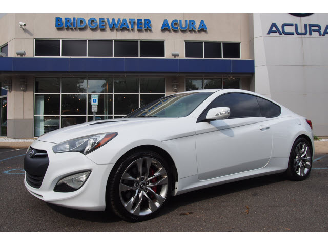 Pre Owned 2014 Hyundai Genesis Coupe 3 8 R Spec 3 8 Grand