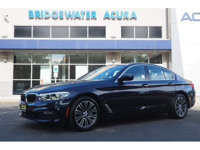 Pre-Owned 2017 BMW 530i xDrive w/Nav