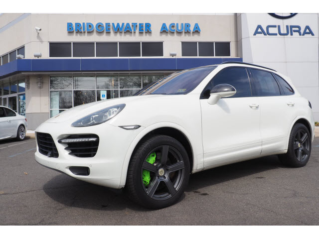 Pre-Owned 2011 Porsche Cayenne Turbo w/Nav