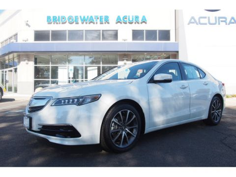 Certified Pre-Owned 2017 Acura TLX 3.5 V-6 9-AT P-AWS with Technology Package FWD V6 4dr Sedan w/Technology Package