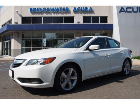 Pre-Owned 2015 Acura ILX 2.0L FWD 2.0L 4dr Sedan