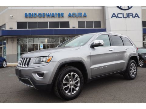 Pre-Owned 2016 Jeep Grand Cherokee Limited w/Nav