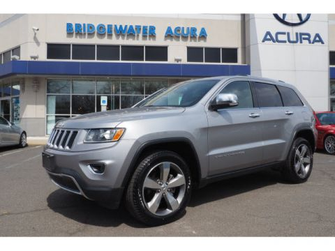 Pre-Owned 2015 Jeep Grand Cherokee Limited w/Nav