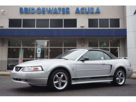 Pre-Owned 2002 Ford Mustang Deluxe