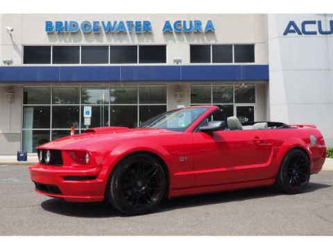 Pre-Owned 2008 Ford Mustang GT w/Nav